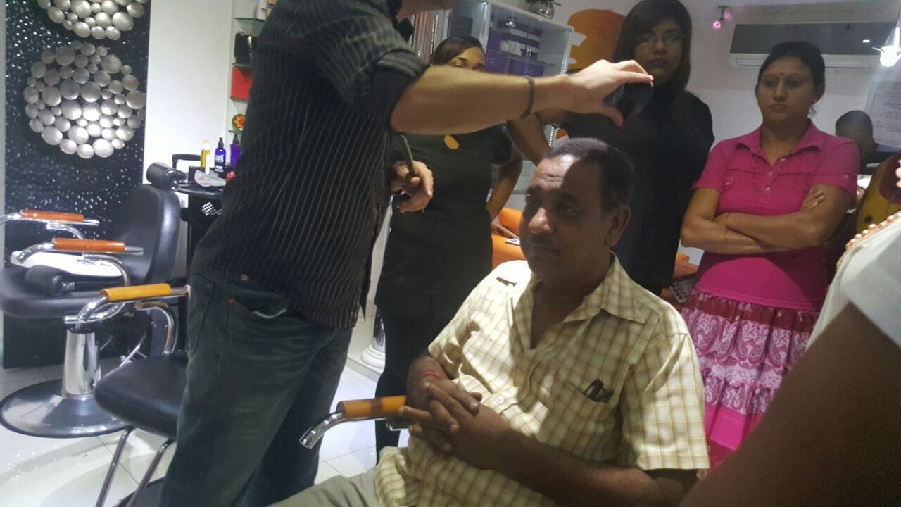 hair bond makeup fibre temporary hair fibre for bold gentleman at salon cleo 0315009998