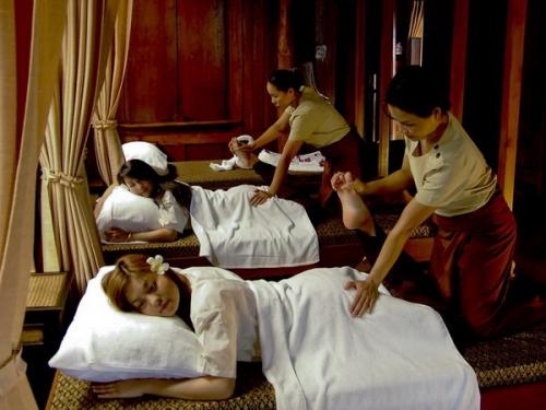 massage sigtuna arom thai massage